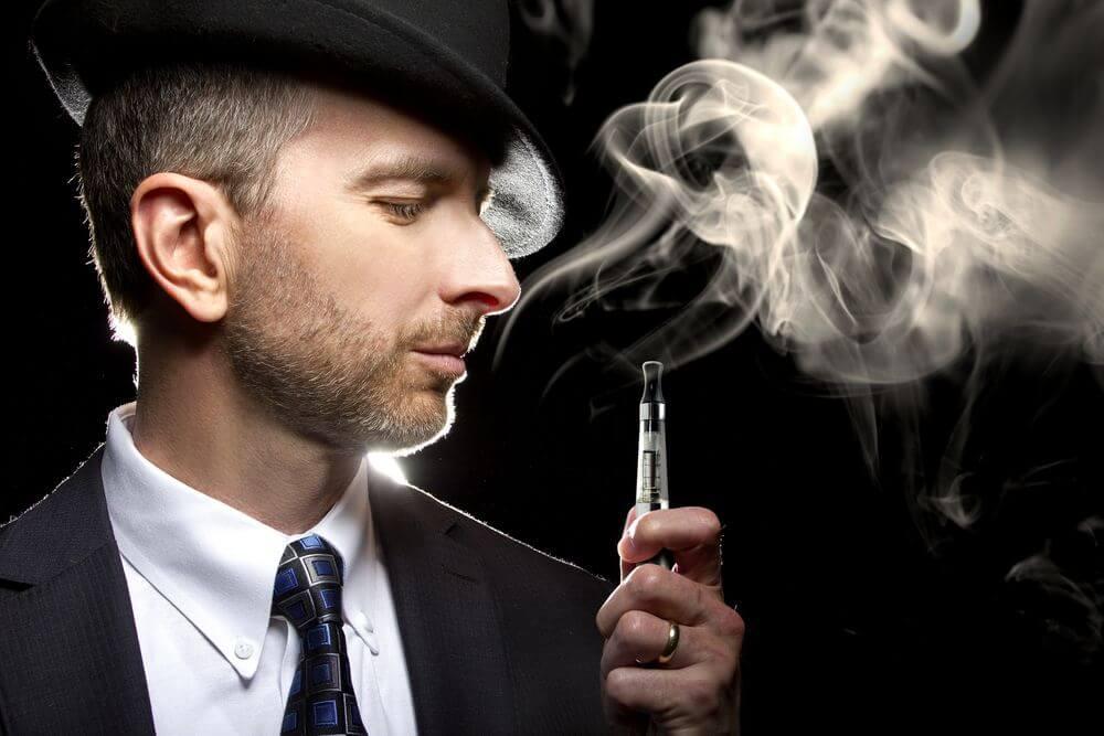 【キャバ嬢の基礎】おタバコの火の付け方、灰皿の交換目安、電子ライターICOS(アイコス)の存在