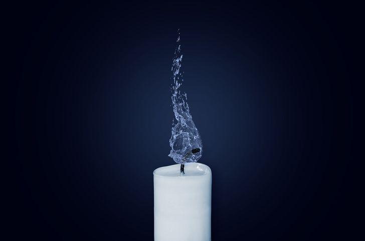 売れるキャバ嬢の共通点、ナンバーワンホステスの特徴「光の愛されキャラ×闇の未亡人」